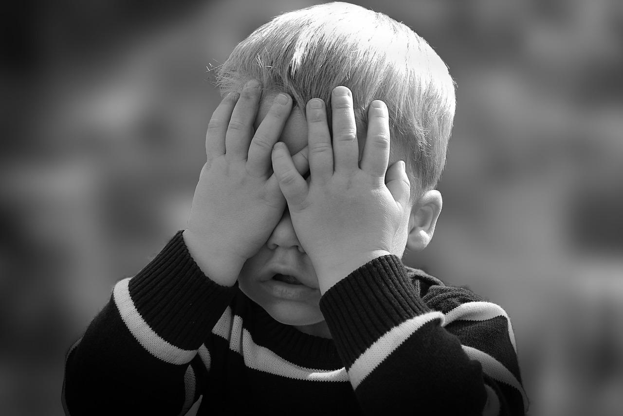 ADHS: Aufmerksamkeits-Defizit-Syndrom mit Hyperaktivität ADS: Aufmerksamkeits-Defizit Syndrom